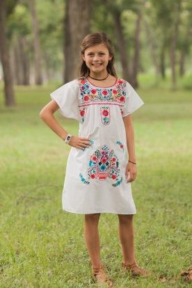 Elle, age 9